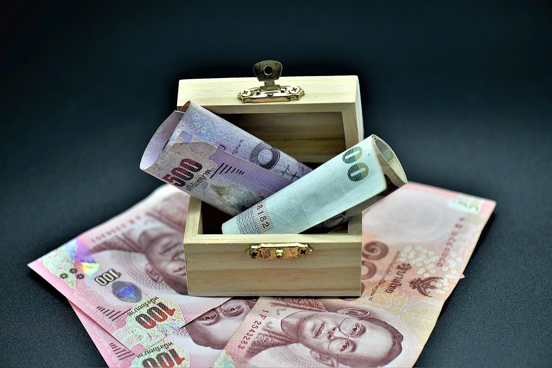 money-3545832_1920